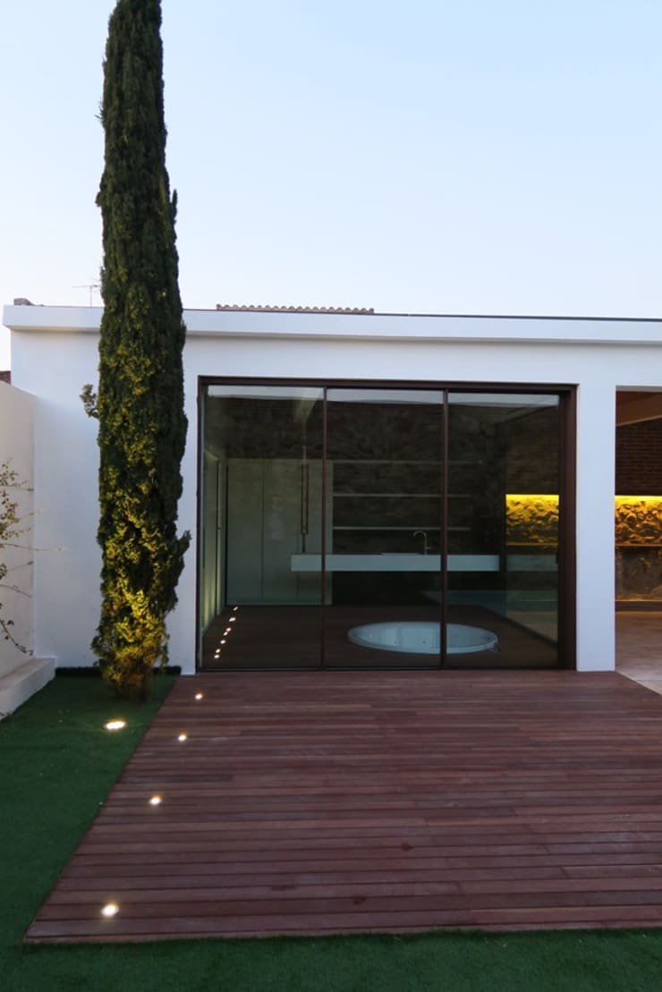 Spa phong cách mộc mạc bởi TONO BAGNO | Pasión por tu baño Mộc mạc