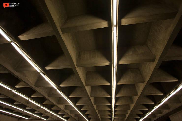 Sindicato de Camioneros: Estudios y oficinas de estilo  por Sebastian Alcover - Fotografía,Minimalista