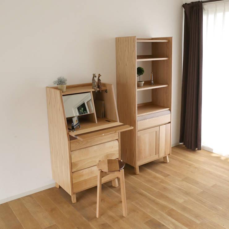 Bedroom by 株式会社 大雪木工