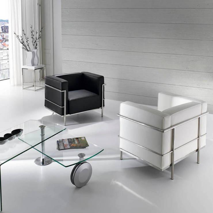 Poltronas, cadeirões Armchairs  www.intense-mobiliario.com  Eclipse http://intense-mobiliario.com/product.php?id_product=8879: Sala de estar  por Intense mobiliário e interiores;