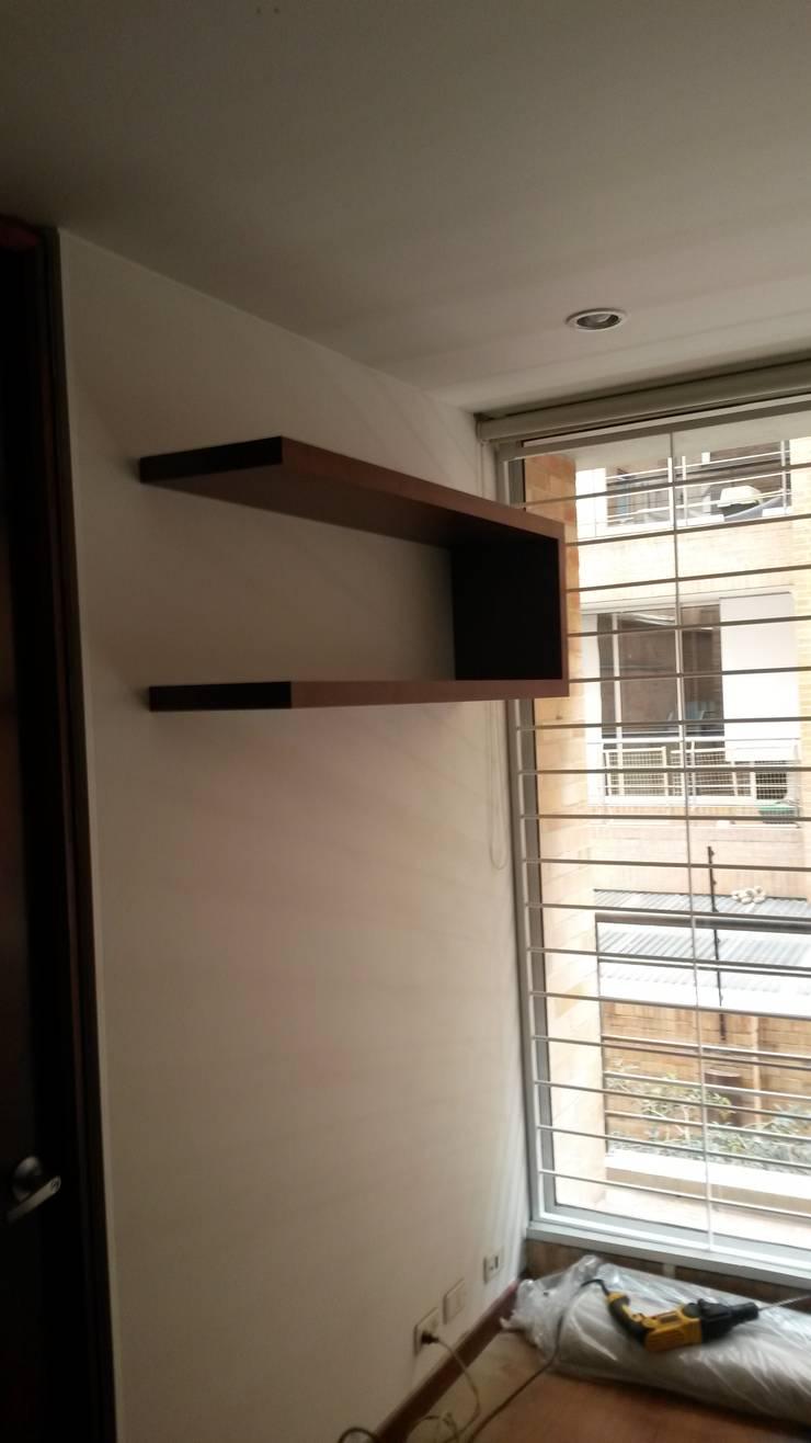 modern  by LABORATO ARQUITECTURA & DISEÑO, Modern