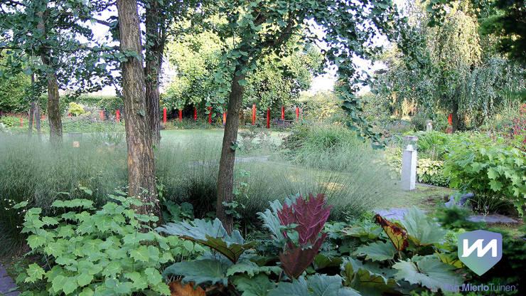 Jardines de estilo  por Van Mierlo Tuinen | Exclusieve Tuinontwerpen