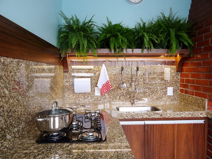 modern Kitchen by Ponta Cabeça - Arquitetura Criativa