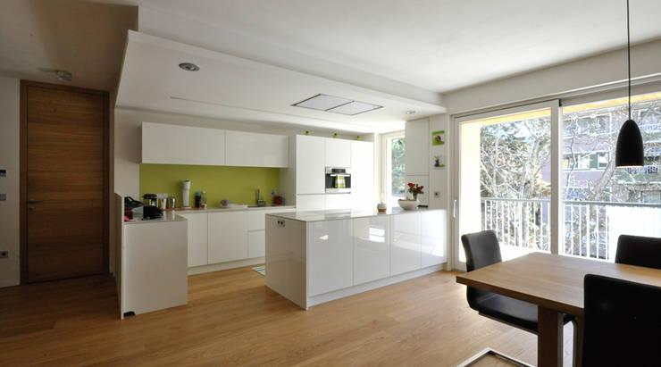 Кухни в . Автор – Architekturbüro KIENZL studio di architettura