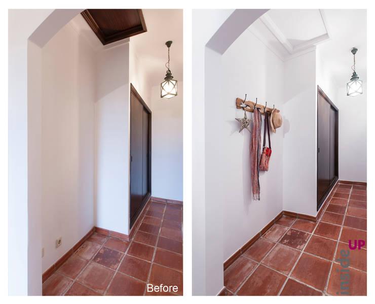 country Corridor, hallway & stairs تنفيذ homify