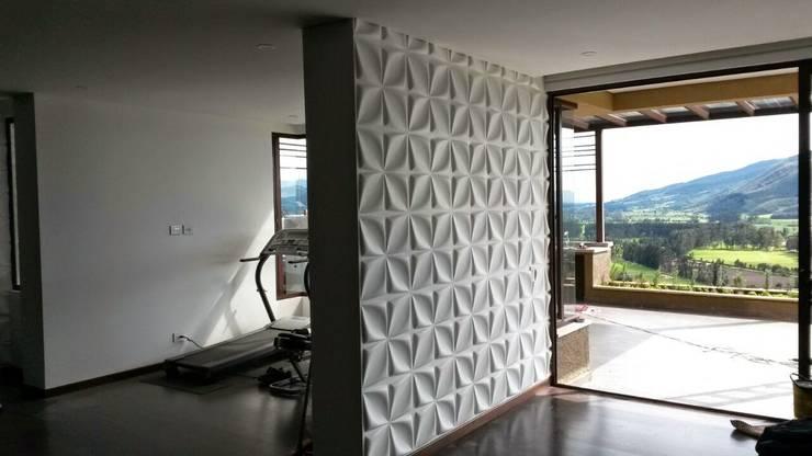 PAREDES EN 3D : Paredes de estilo  por dekora2013, Moderno Bambú Verde