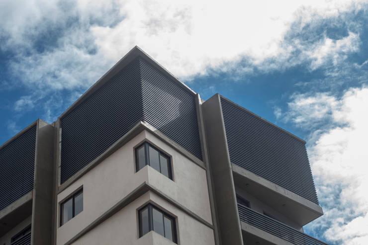 Houses by Sebastian Alcover - Fotografía, Modern