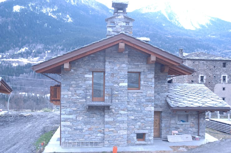 Casas de estilo  por Sangineto s.r.l