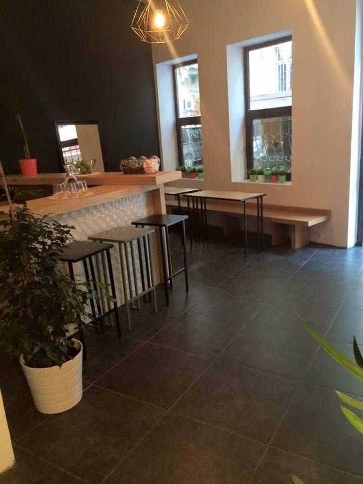 Cemre mobilya imalat ve dekorasyon – Musteri dinlenme alani:  tarz İç Dekorasyon