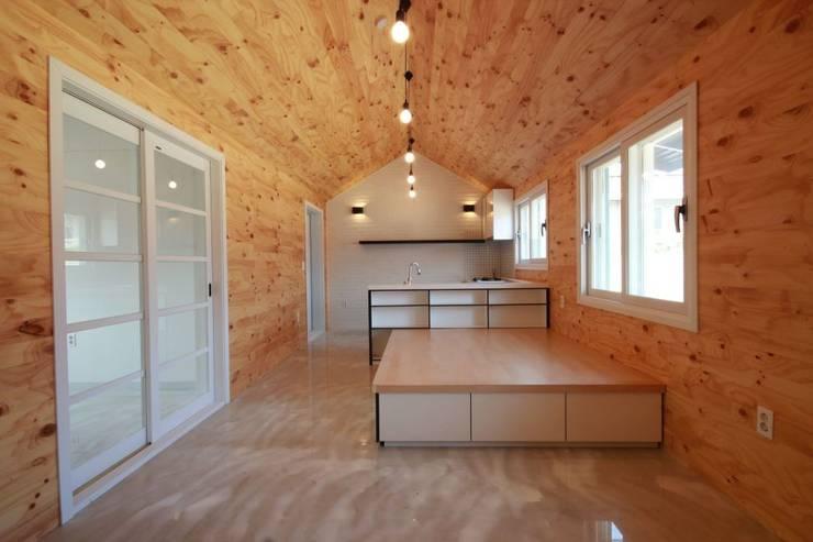 풍세 오누이 집: 구름집의  거실