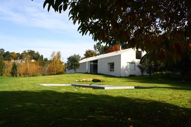 CASA 18: Casas  por joão navas . arquitectos