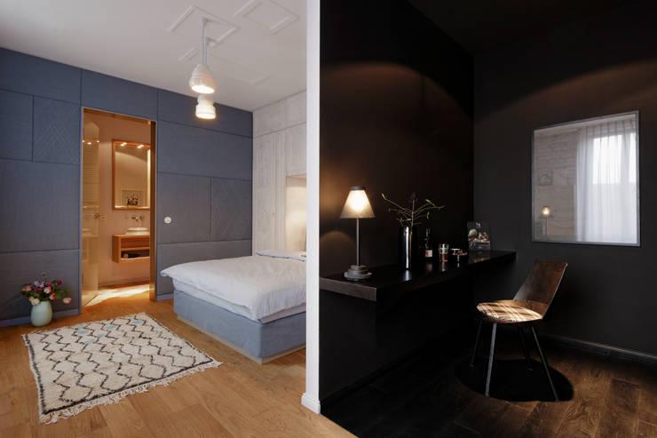 eclectic Bedroom by FRANKEN\ARCHITEKTEN GMBH