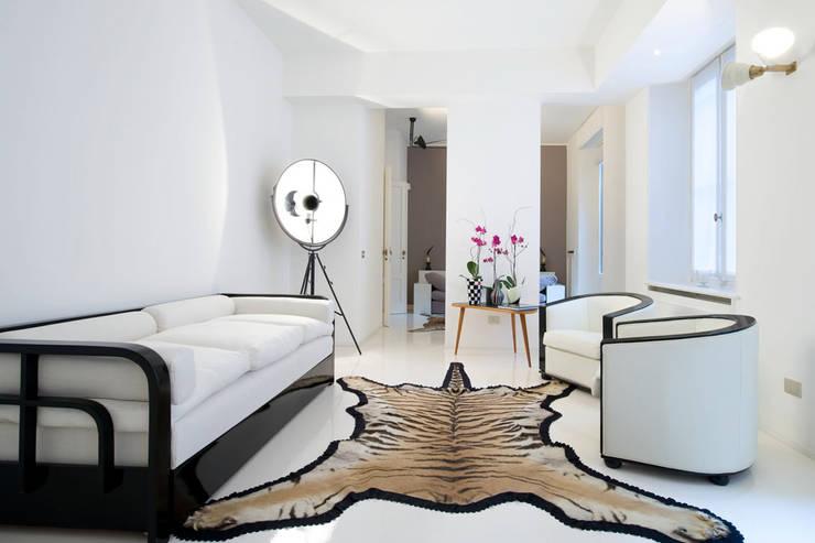 غرفة المعيشة تنفيذ Raffaella Alessandra Calzoni