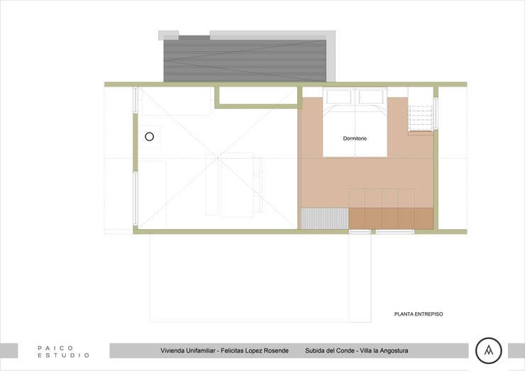 Planta Alta: Dormitorios de estilo  por Paico,