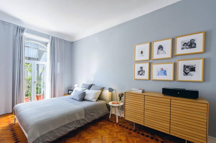 Bedroom by Espaço Mínimo