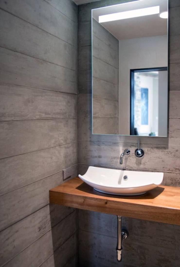 DEKORKUR  Mimarlık  – Çalışmalar: modern tarz Banyo