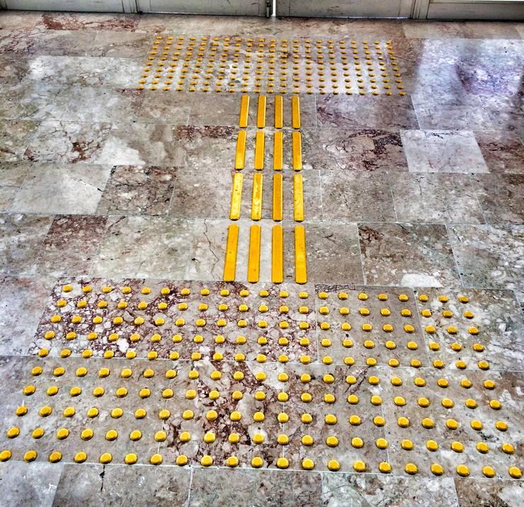 NOUVELLE. | Proje Danışmanlık – Hissedilebilir Yüzey:  tarz Koridor ve Hol, Endüstriyel