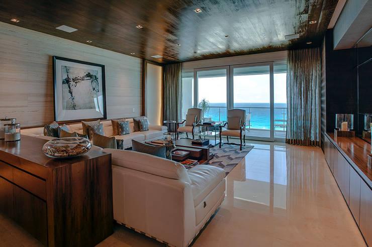 Living room by Art.chitecture, Taller de Arquitectura e Interiorismo 📍 Cancún, México.
