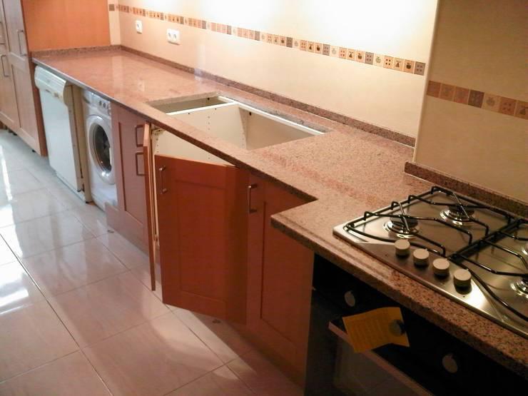 Cozinha em faia: Cozinha  por J-Cardosorepara