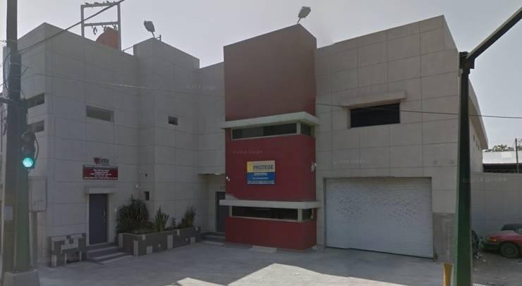 DISEÑO DE EDIFICIO DE SEGURIDAD PRIVADA Y TRASLADO DE VALORES:  de estilo  por OR Arquitectura y Construcción