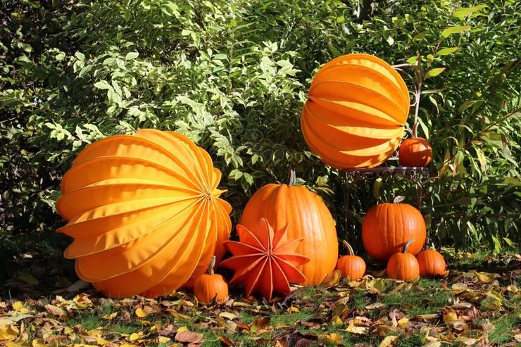 Der Barlooon als Gartendekoration im Herbst:  Garten von Barlooon Germany GmbH