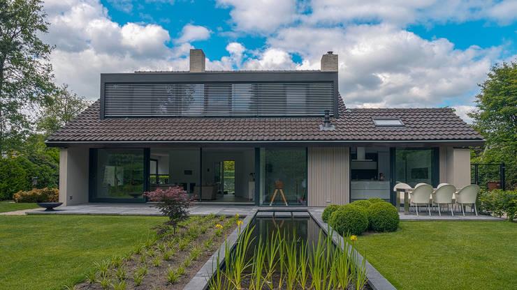 Дома в . Автор – Joep van Os Architectenbureau