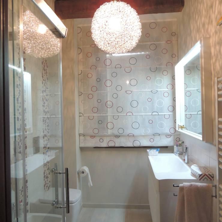 Projekty,  Łazienka zaprojektowane przez Nadia Moretti
