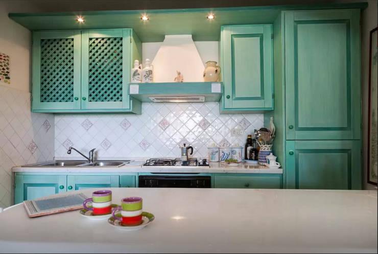 Cocinas de estilo  por Tania Mariani Architecture & Interiors