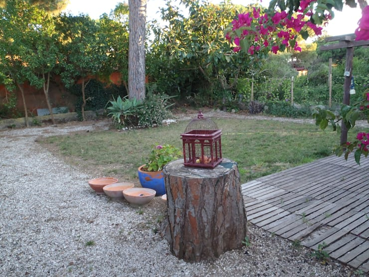 Cottage Garden:   por Maria Mayer | Interior & Landscape Design