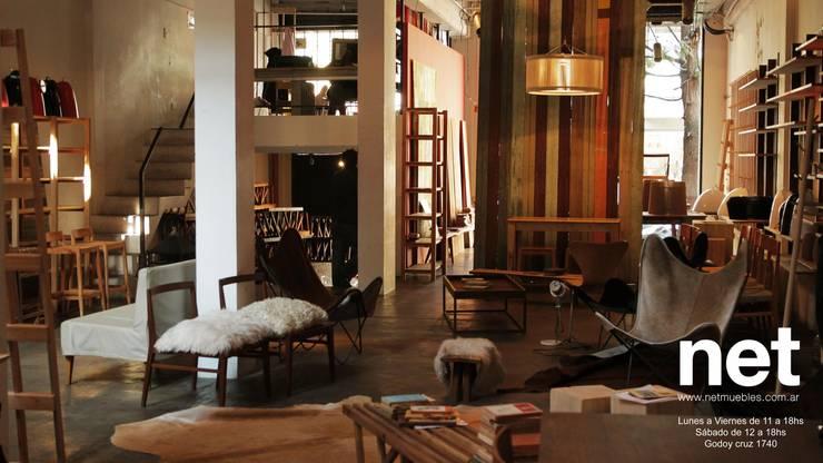 Net Muebles: Livings de estilo  por Arquitecto Alejandro Sticotti