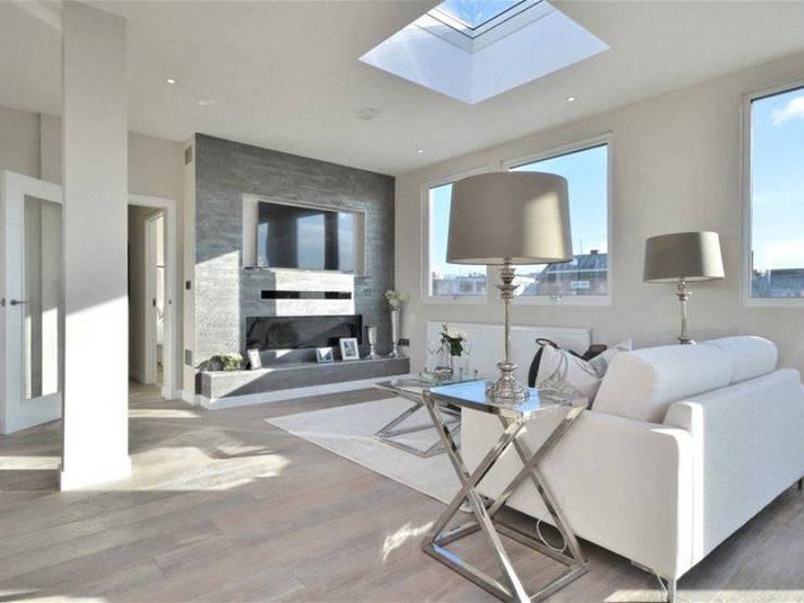 Salas / recibidores de estilo  por Boutique Modern Ltd, Moderno