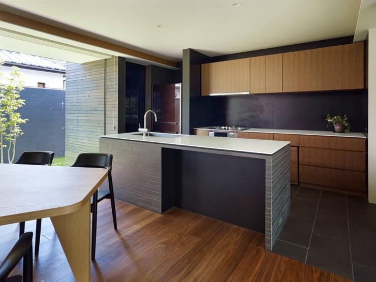 作品: 小松隼人建築設計事務所が手掛けたキッチンです。