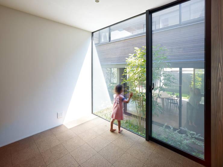 作品: 小松隼人建築設計事務所が手掛けた壁です。