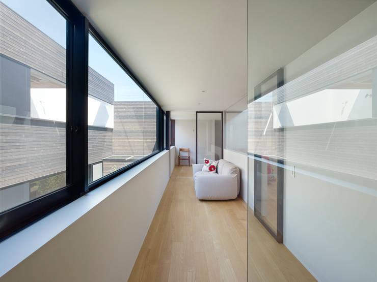 作品: 小松隼人建築設計事務所が手掛けたリビングです。
