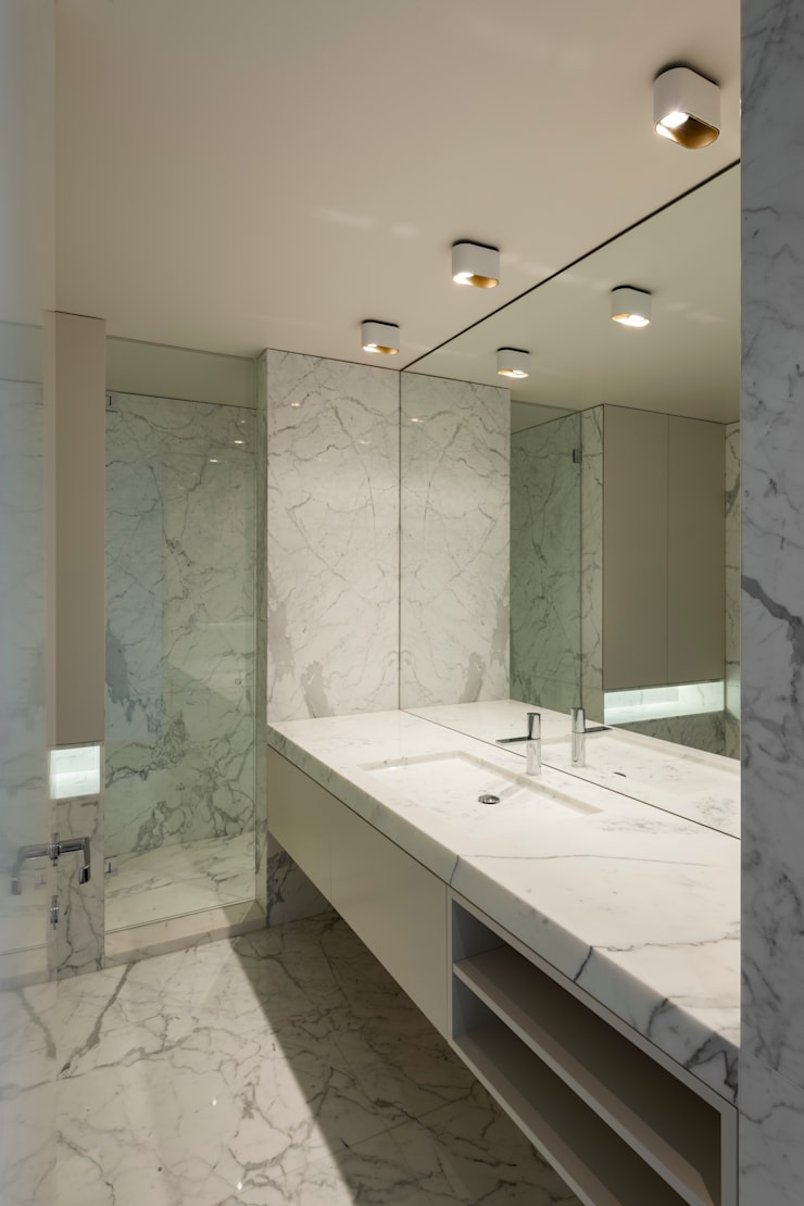 Modern style bathrooms by ABPROJECTOS Modern