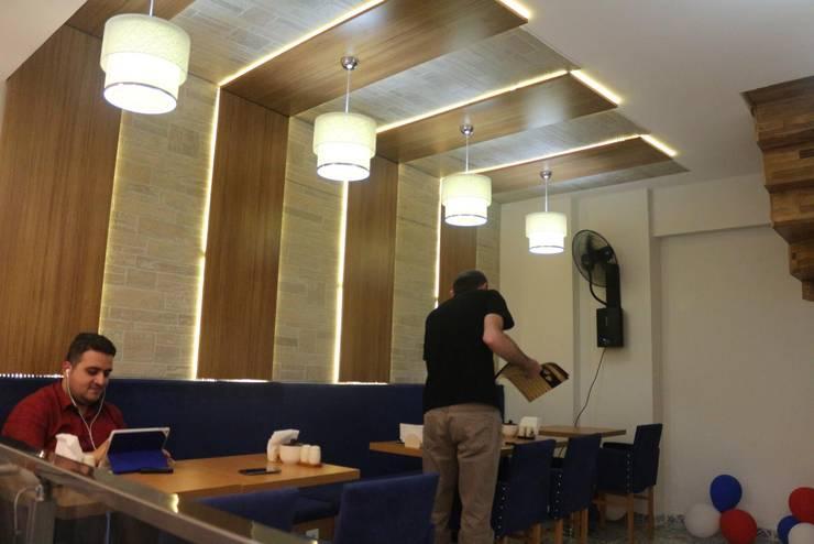 Altuncu İç Mimari Dekorasyon – Avcılar ''Enne Döner&Cafe'':  tarz Yeme & İçme, Modern