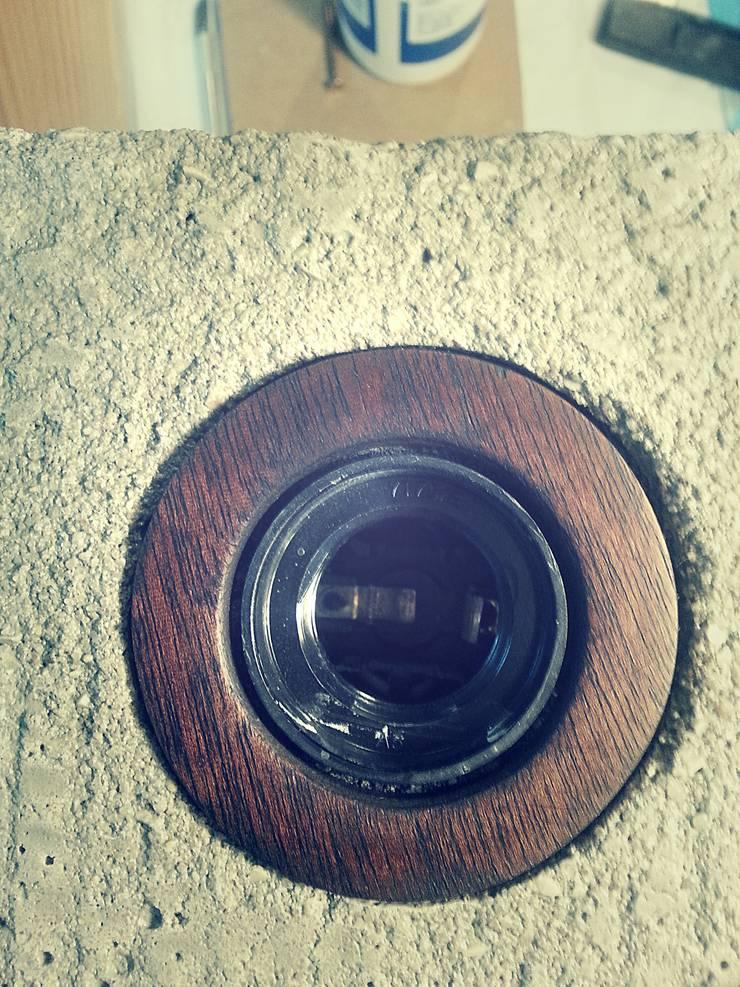 """Candeeiro """" i """"  em cimento e madeira. : Casa  por Pode Ser!"""