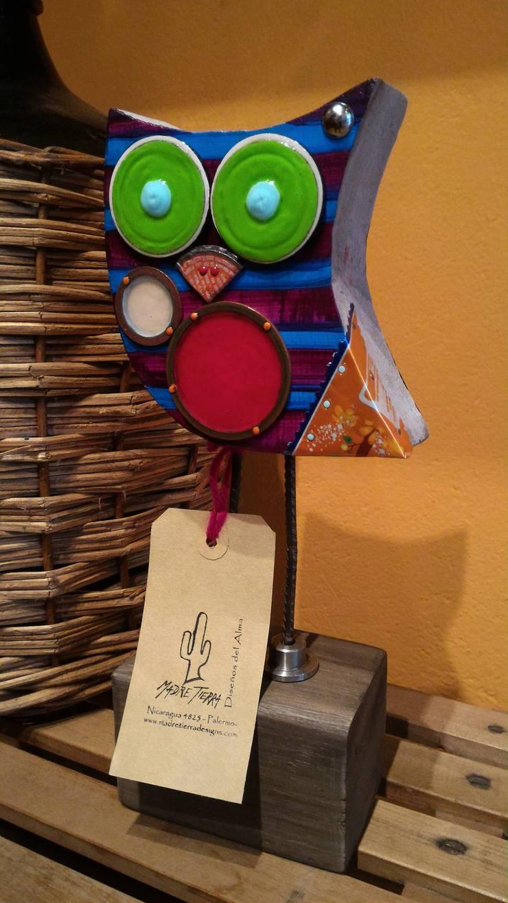 Lechuzas: Hogar de estilo  por Madre tierra -Diseños del Alma