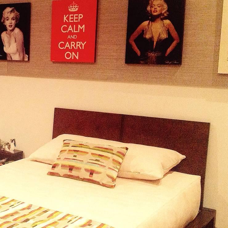 Habitación Marilyn : Habitaciones infantiles de estilo  por ea interiorismo