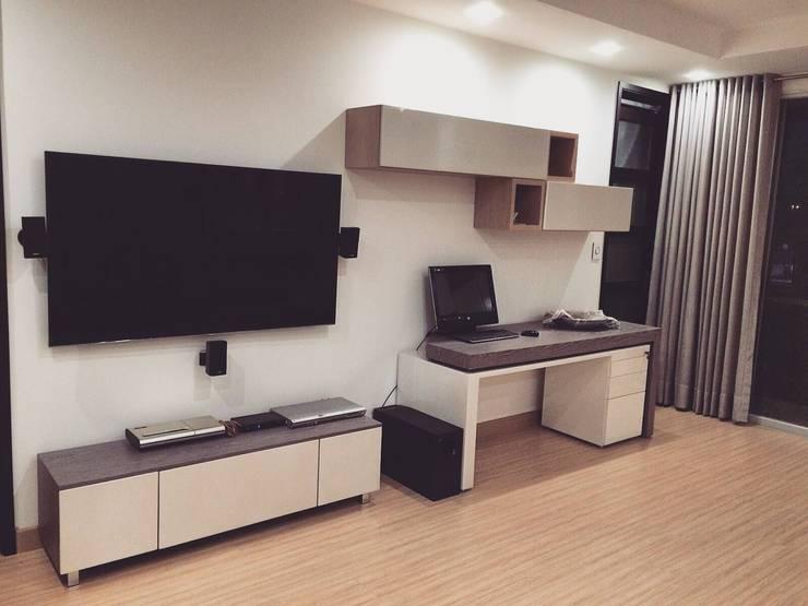 Sala Familiar Segundo Piso: Salas multimedia de estilo  por ea interiorismo, Moderno
