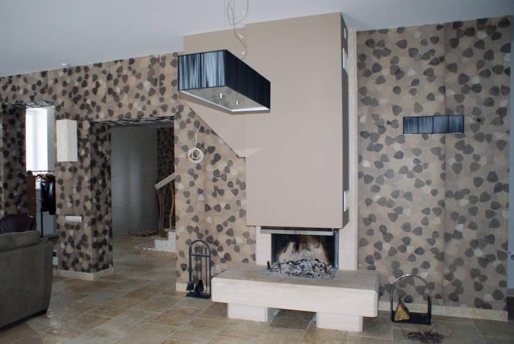 Камин в гостиной: Гостиная в . Автор – Ал