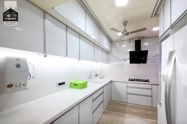 Kitchen 1:  Kitchen by home makers interior designers & decorators pvt. ltd.