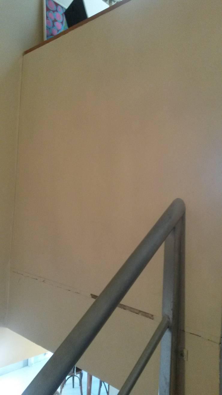 Duplex – Altos del Suquía: Paredes de estilo  por ER Design.    @eugeriveraERdesign