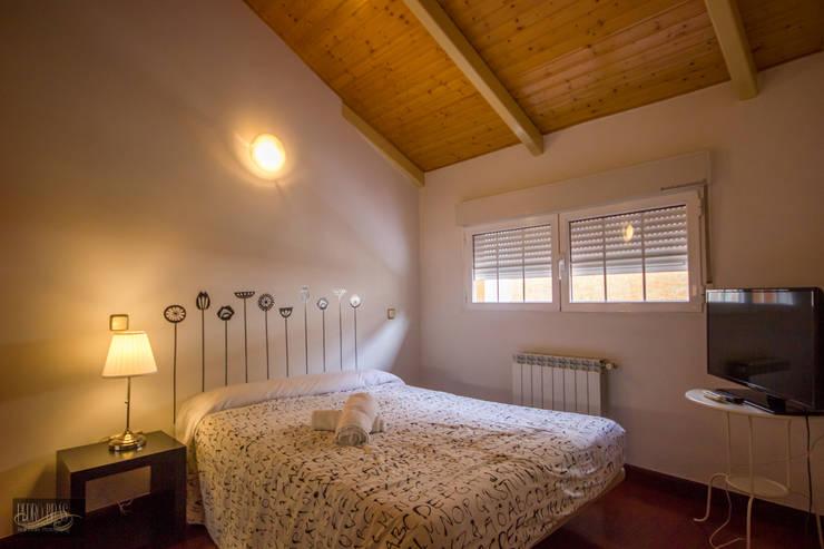 Quarto Casal: Hotéis  por Pedro Brás - Fotógrafo de Interiores e Arquitectura | Hotelaria | Alojamento Local | Imobiliárias
