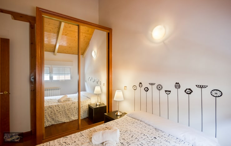 Quarto | Roupeiro: Hotéis  por Pedro Brás - Fotógrafo de Interiores e Arquitectura | Hotelaria | Alojamento Local | Imobiliárias