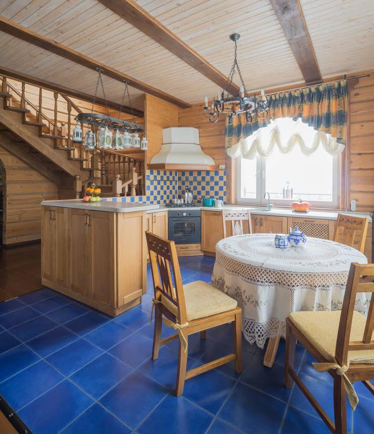 Русское кантри: Кухни в . Автор – Анастасия Муравьева,