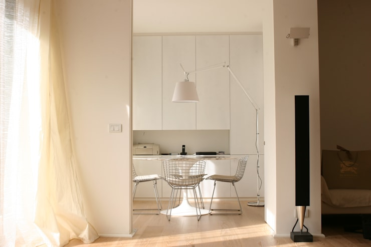 Dining room by FALEGNAMERIA VALSECCHI