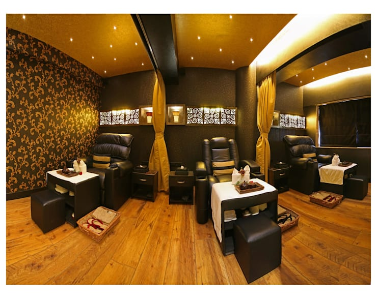 foot spa area:  Commercial Spaces by Ishita Joshi Designs - Love Living!,Modern Wood Wood effect