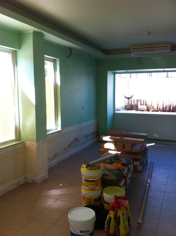 Update:   por Update - Remodelações de Interiores e Consultoria