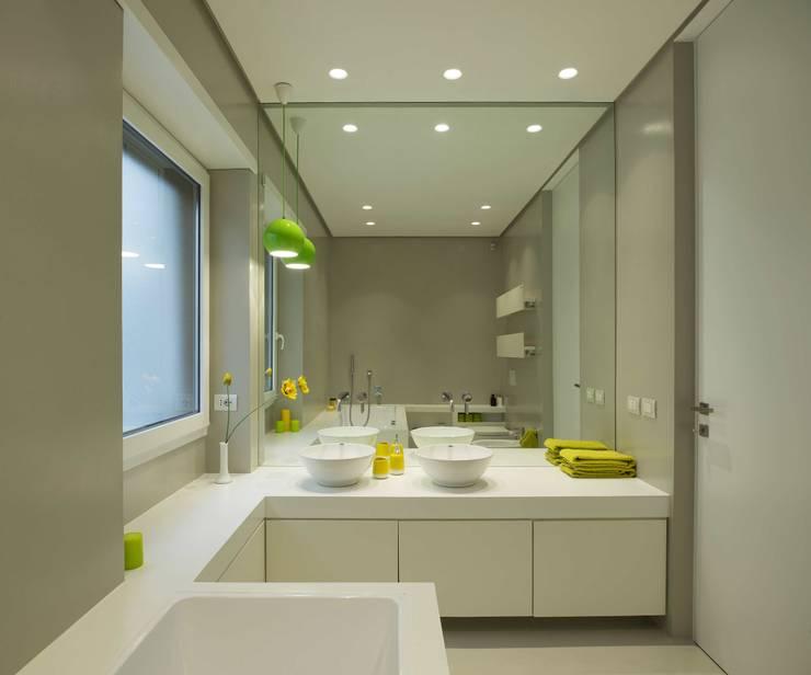 حمام تنفيذ Arabella Rocca Architettura e Design